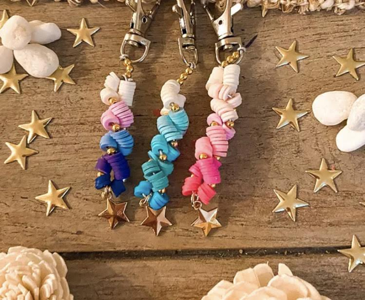 Laurel sells keychains like these along with necklaces, bracelets, and jewelry sets. (photo courtesy Laurel Ricards)